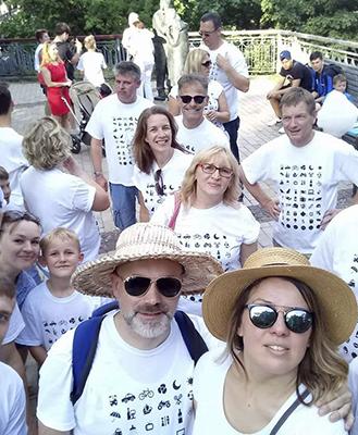 Замовити футболки з логотипом Печать на футболках Киев Заказать футболки с логотипом