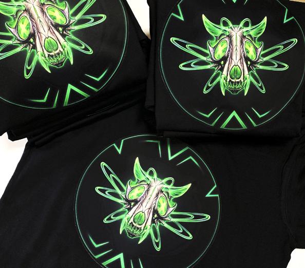 полноцвет на черных футболках